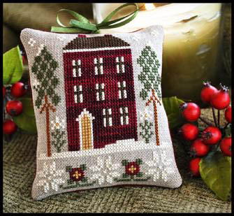 LHN Ornaments - Red House in Winter